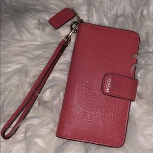 COACH IPhone 5 Wallet Wristlet